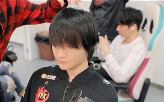 韩网热议FPX 3-0 RNG:没想到除了Canyon还有Tian这么懂上单的选手