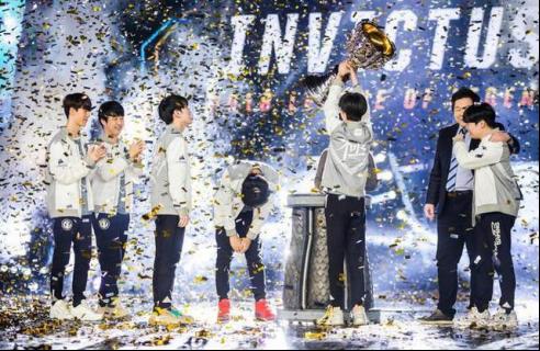 我们是冠军!iG携手美商海盗船再夺2018年德杯冠军